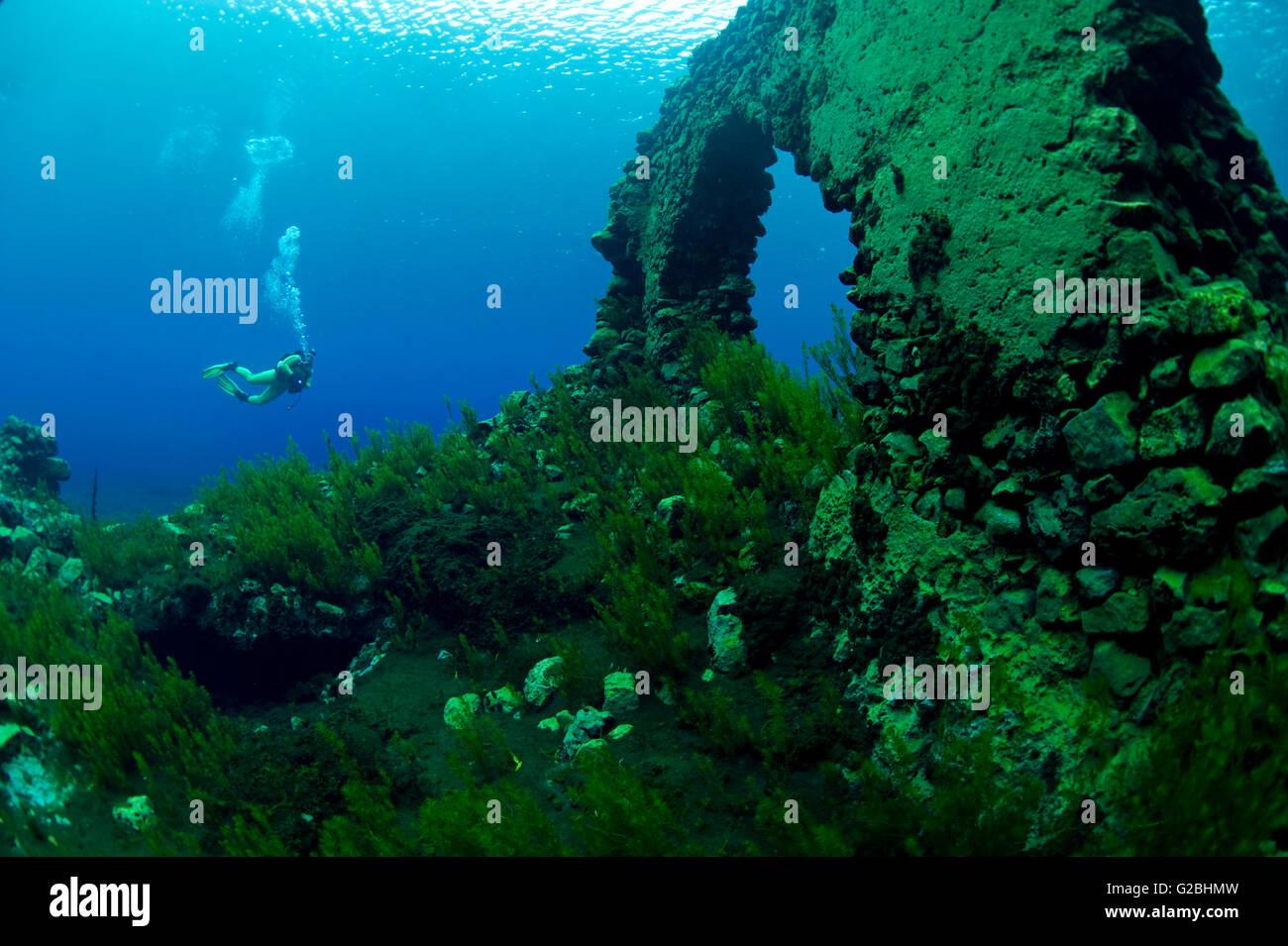 Taucher in die Unterwasserwelt von der See Lago Capo d \' Acqua ...