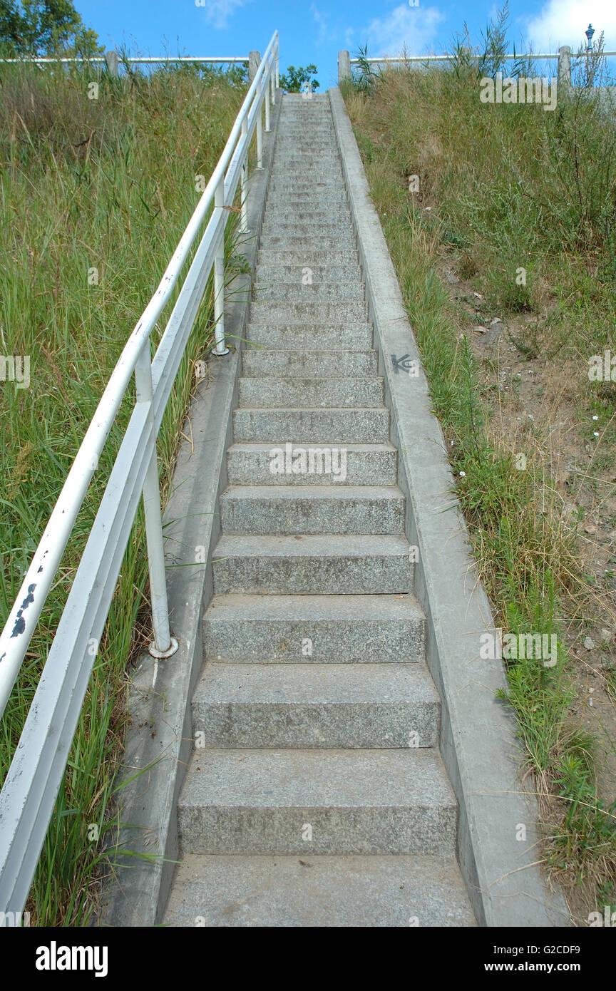 narrow stairs stockfotos narrow stairs bilder alamy. Black Bedroom Furniture Sets. Home Design Ideas