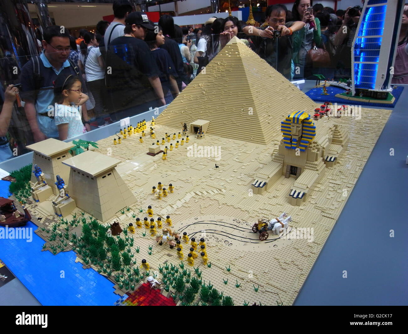 lego modell gypten gyptische build uralten pyramide sphinx pharao engineering pferd sklave. Black Bedroom Furniture Sets. Home Design Ideas