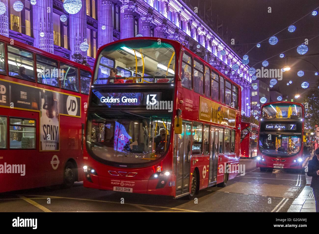 Londoner Busse Stockfotos & Londoner Busse Bilder - Alamy