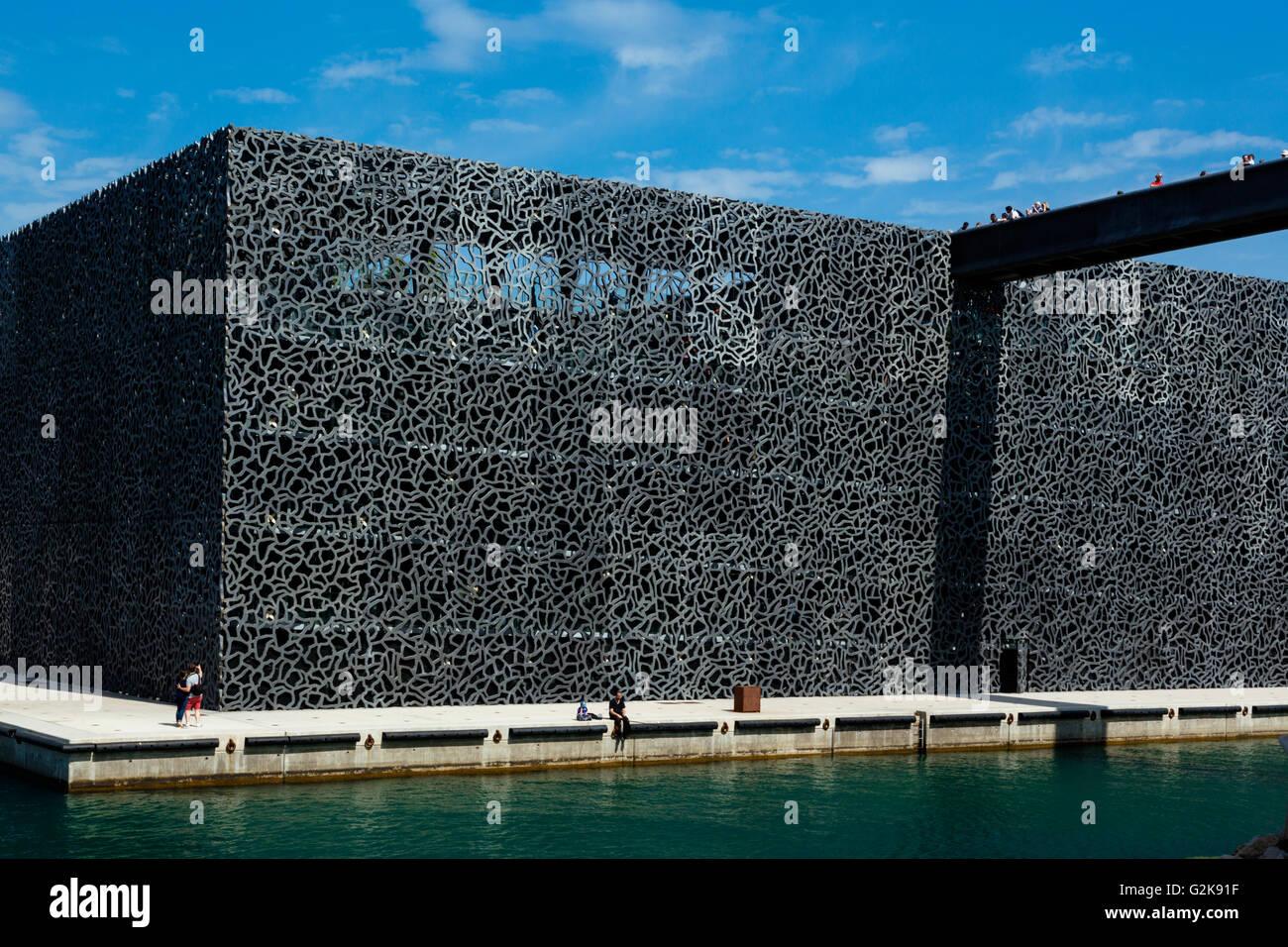 Das Mucem Museum Von Rudy Ricciotti Und Roland Carta Marseille Bouches Du Rhone Frankreich Stockfotografie Alamy