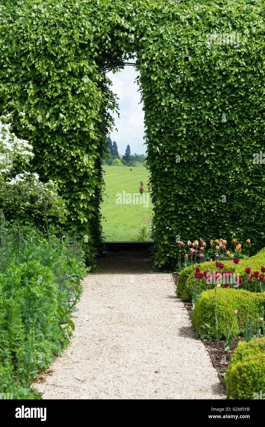 Archway Hedge Garden Stockfotos & Archway Hedge Garden Bilder Alamy