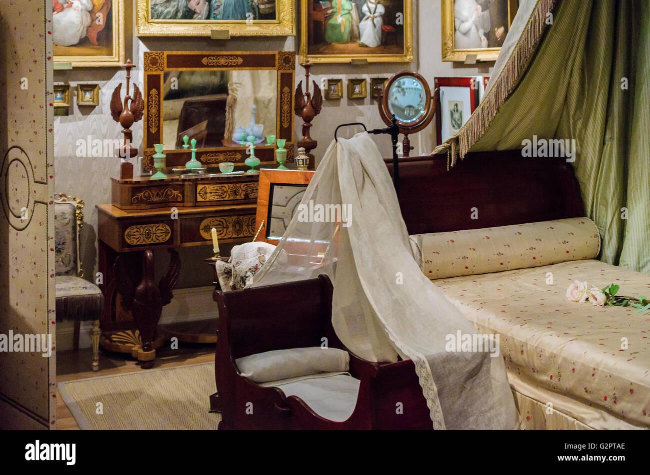 Madrid, Spanien, 2. Juni 2016.  Zeigen Sie im Innenbereich mit einem Schlafzimmer im Romantik-Museum in Madrid, Stockbild