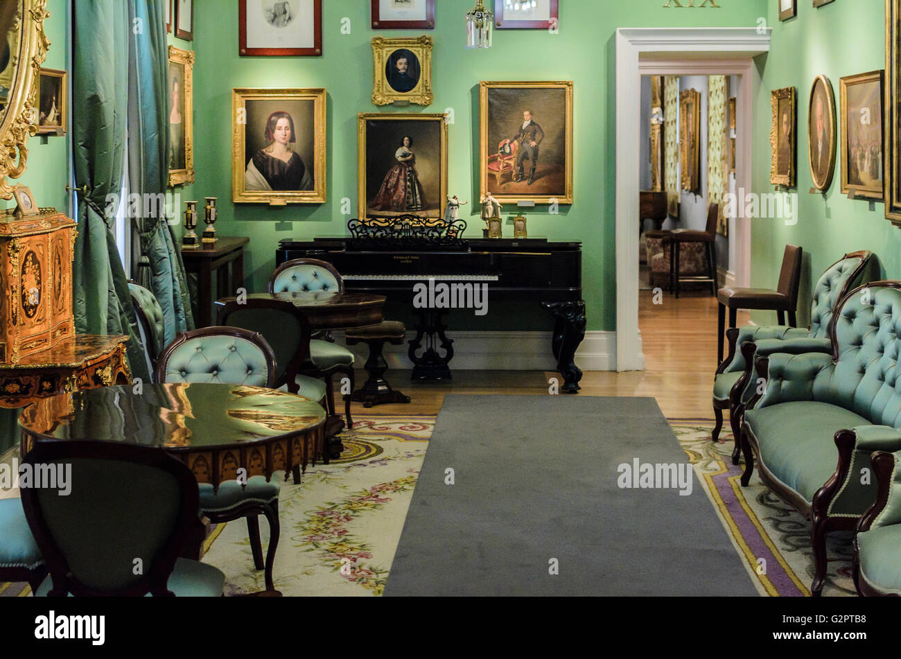 Madrid, Spanien, 2. Juni 2016.  Drinnen sehen Sie mit einer Lounge des Romantik-Museums in Madrid, Spanien. Enrique Stockbild