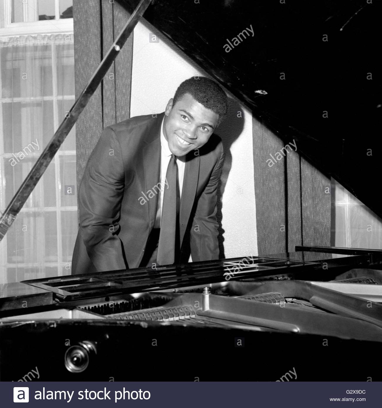 Datei Foto datiert 22.05.66 von Boxlegende Muhammad Ali, lächelnd ...