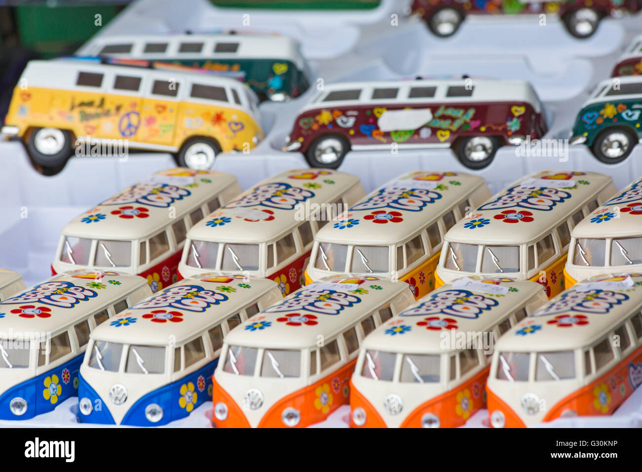 Vw Campervans Stockfotos & Vw Campervans Bilder - Alamy