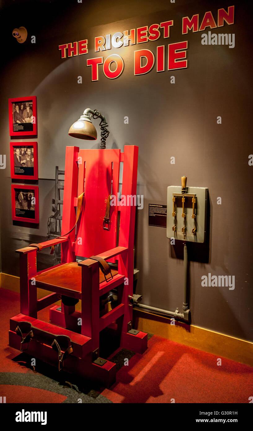 eine replik elektrischen stuhl im las vegas mob museum des organisierten verbrechens in amerika w geschichte der berchtigten gangster gangster - Stuhl Replik