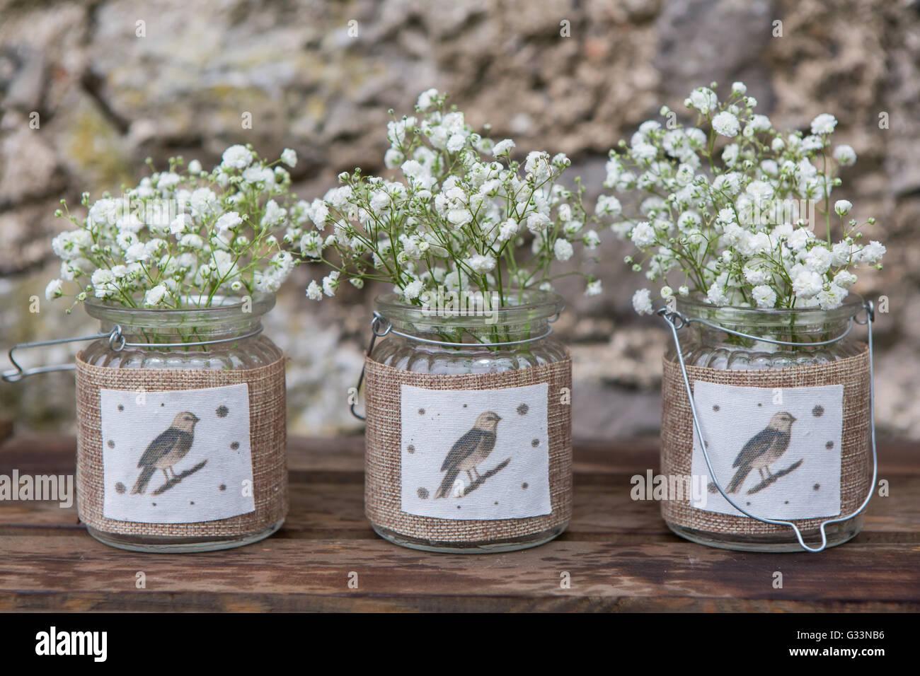 Vintage Glaser Mit Schleierkraut Blumen Auf Stein Hintergrund
