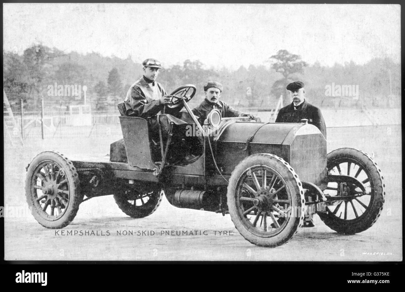 Ein Fiat Auto ausgestattet mit Rosamond rutschfeste Luftreifen Datum: Anfang des 20. Jahrhunderts Stockbild