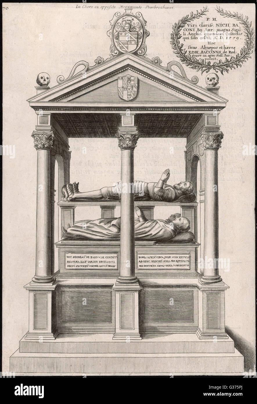 Ähnlich im Konzept einer zwei-Bett-Eisenbahn-Schlafwagen, platzsparend dieses Denkmal von Gehäuse Nicholas Stockbild