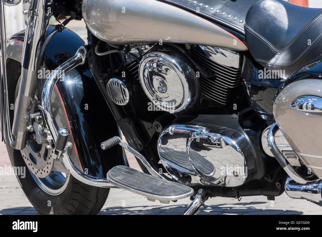 Motorrad, Metall und Chrom Motorteile in Nahaufnahme Stockfoto, Bild ...
