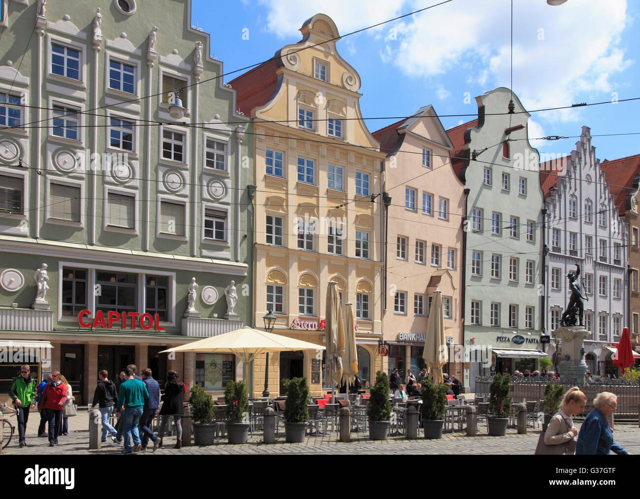 Deutschland, Bayern, Augsburg, Maximilianstraße, Menschen, Stockbild