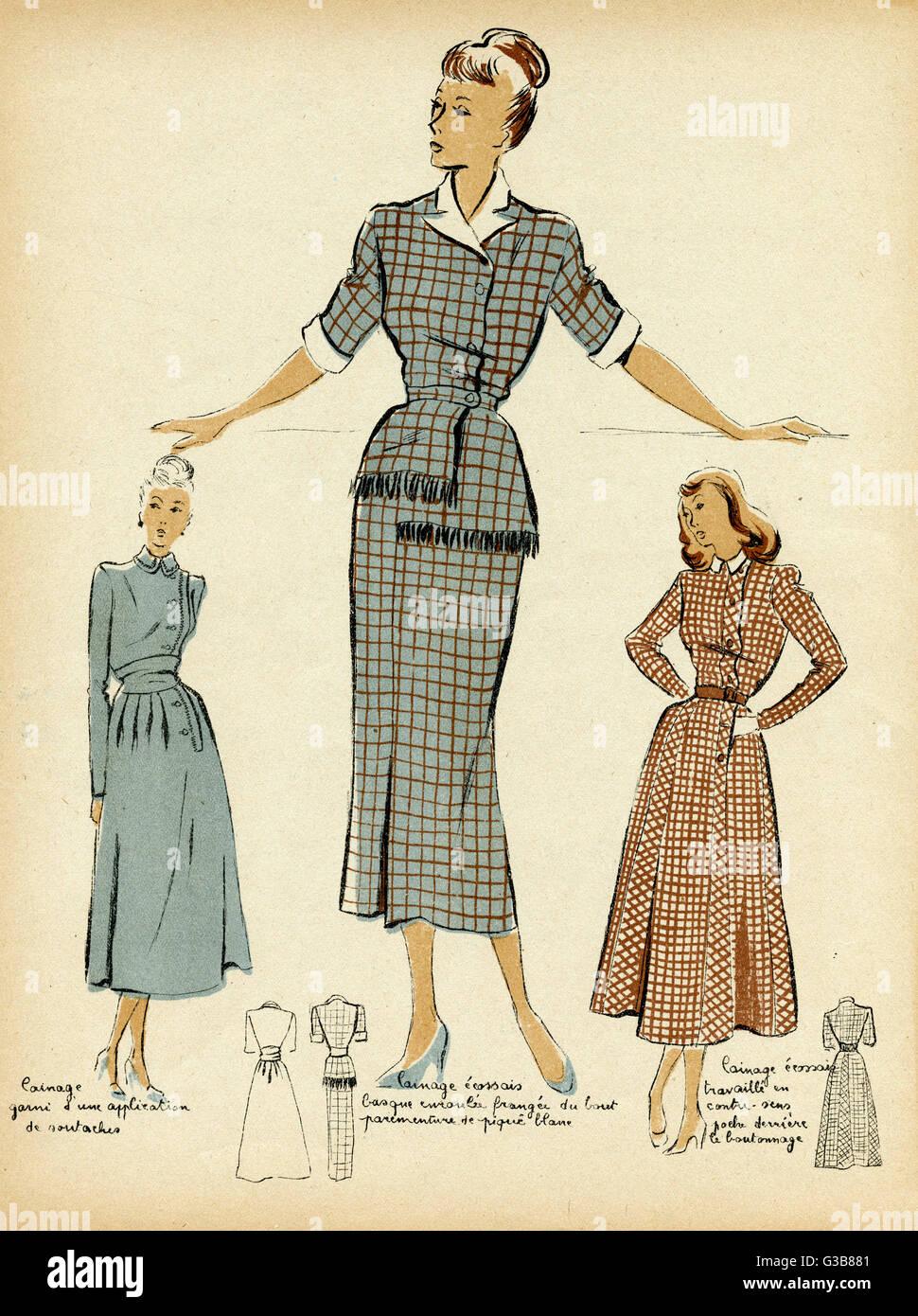 Drei Kleider mit engen Taillen und wadenlange Röcke. Man hat einen ...