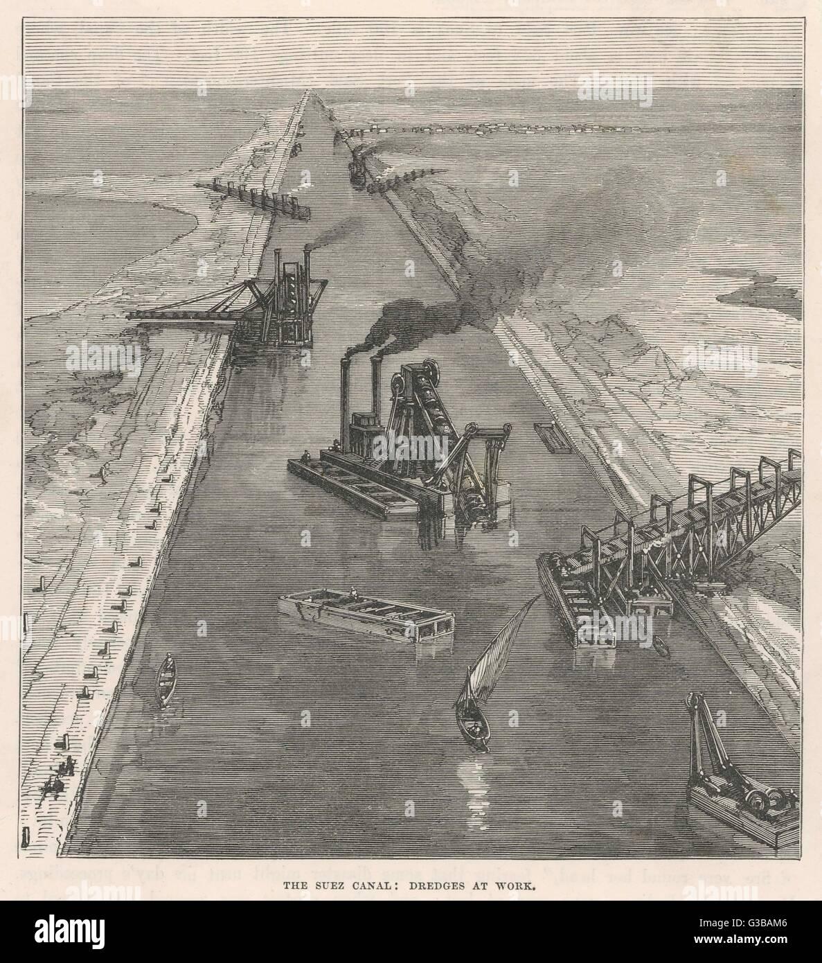 Baggerarbeiten einen teilweise fertig gestellte Abschnitt des Kanals, in den frühen Phasen der Konstruktion. Stockbild