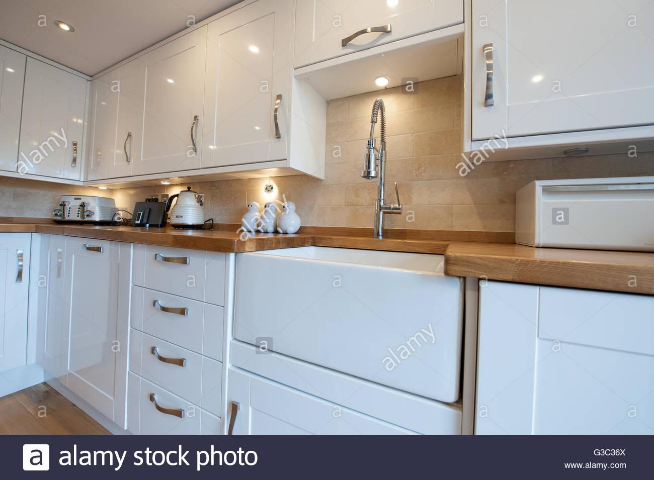 Beste Kücheneinheit Mit Belfast Sink Galerie - Ideen Für Die Küche ...