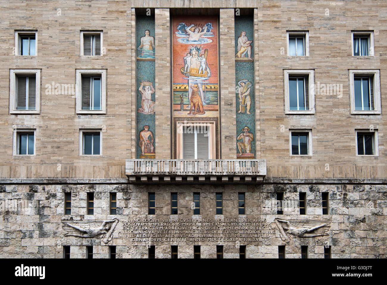 Italien, Rom, Via dei Pontefici am Piazza Augusto Imperatore, Faschistische Architektur von Mussolini, Neben Dem Stockbild