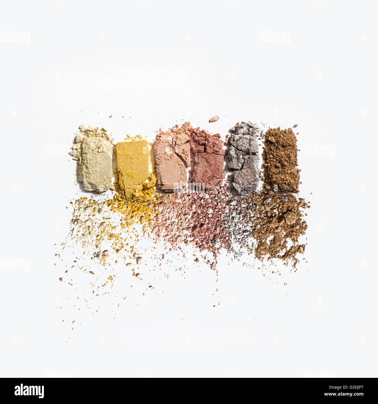 Zerkleinerte Lidschatten Make-Up Kosmetik Stockbild