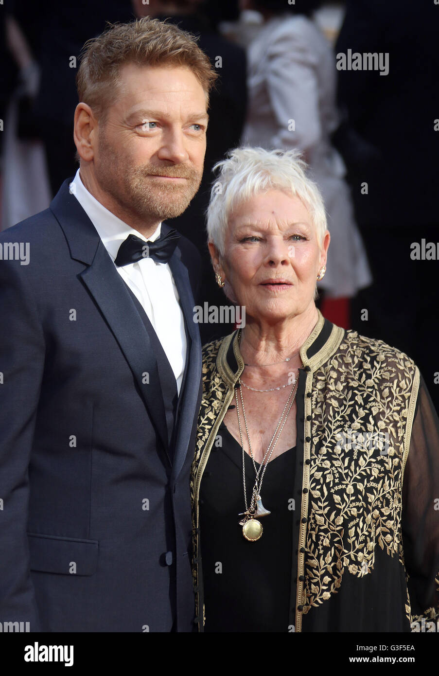 3. April 2016 - Sir Kenneth Branagh und Dame Judi Dench Teilnahme an The Olivier Awards 2016 am Royal Opera House Covent Garden in Stockfoto