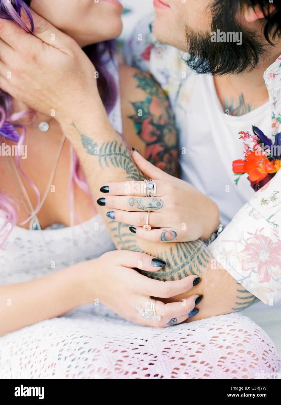 Schweden, Braut und Bräutigam bei Hippie Hochzeit Stockbild