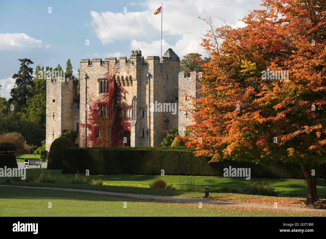 Hever Castle und Gärten, Hever, Kent, England, Vereinigtes Königreich, Europa Stockbild
