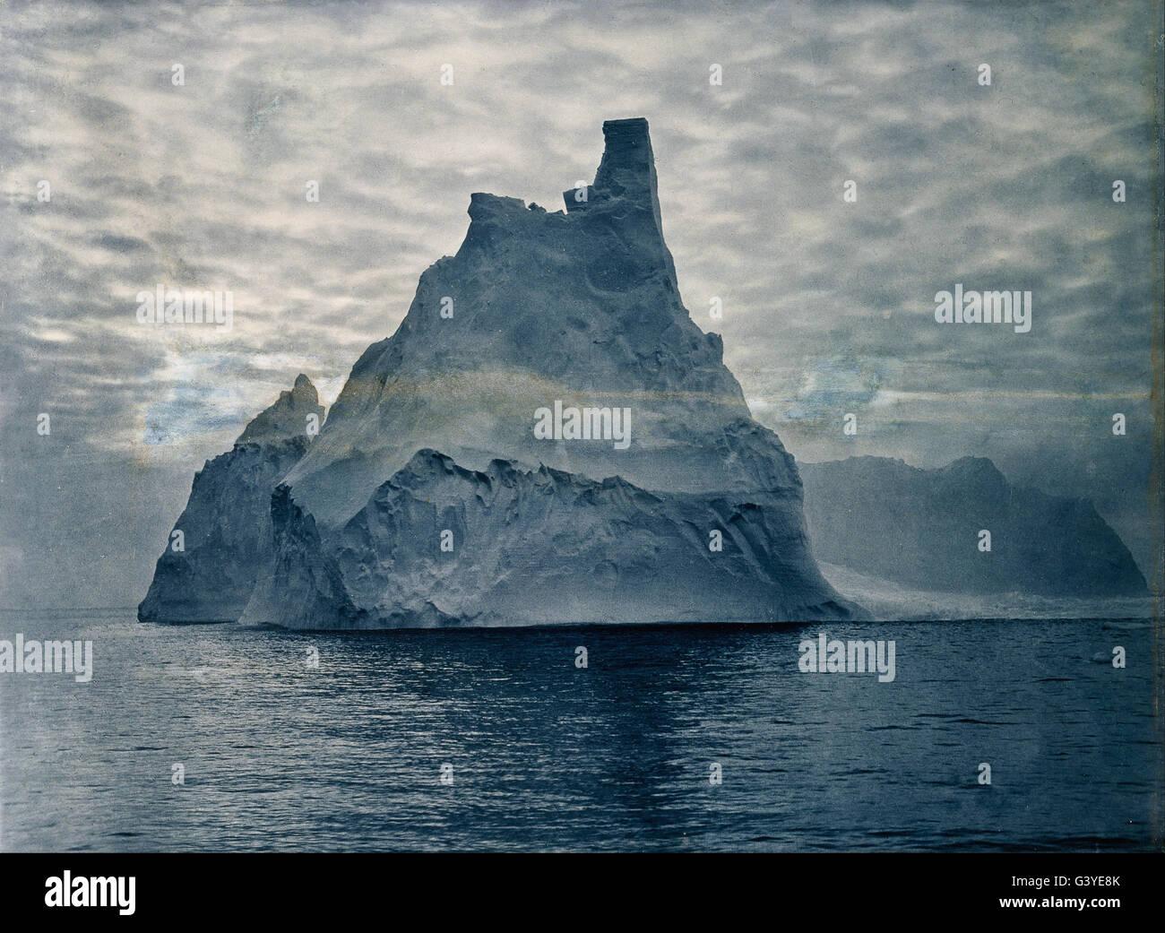 Frank Hurley - ohne Titel (Türmen Berg) Stockbild