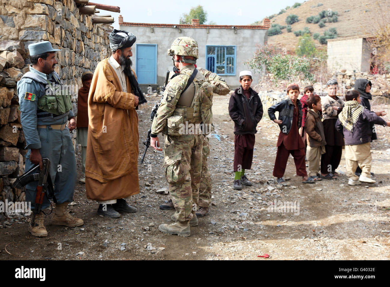Afghan Uniform Police Stockfotos & Afghan Uniform Police Bilder - Alamy