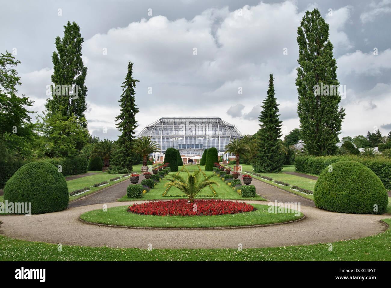 Berlin, Deutschland - der Botanische Garten Berlin-Dahlem. Die wichtigsten tropischen Gewächshaus Stockfoto