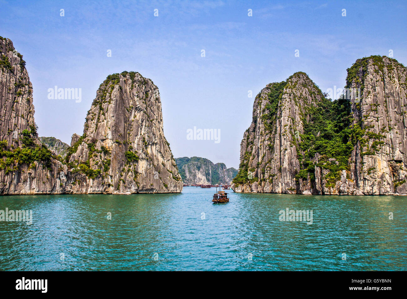 Halong-Bucht in Vietnam Stockfoto