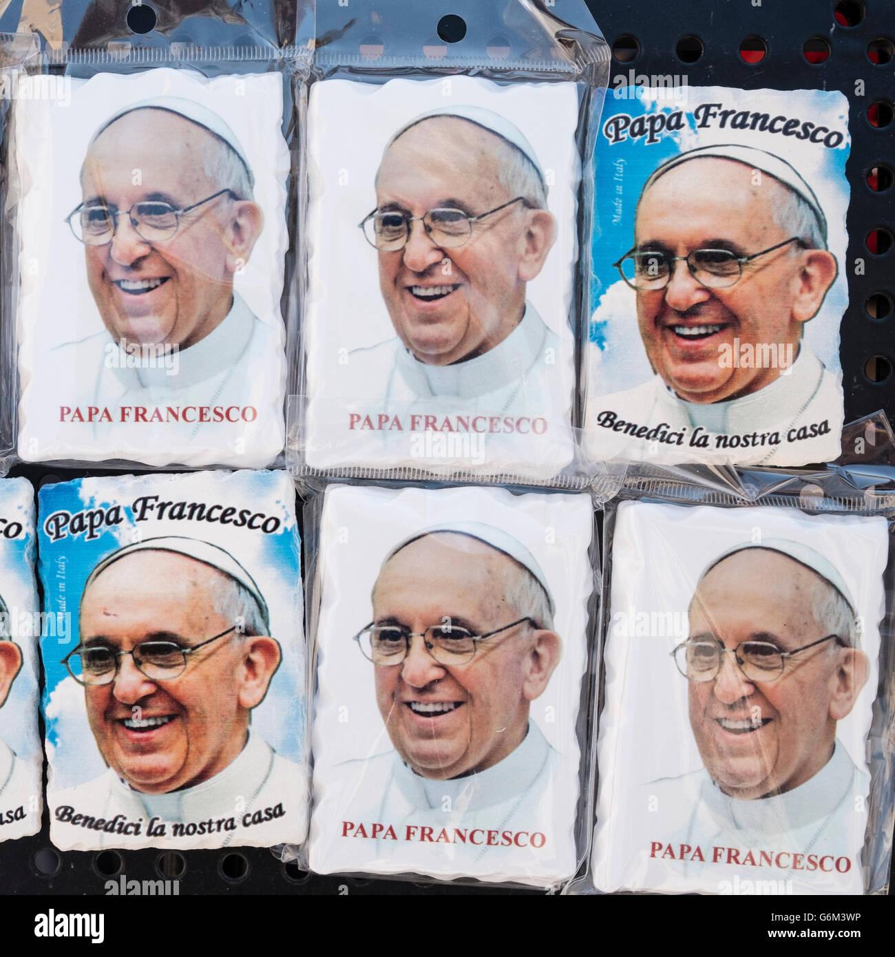 Kühlschrank-Magnet-Souvenirs mit Bild von Papst Francis für zum ...