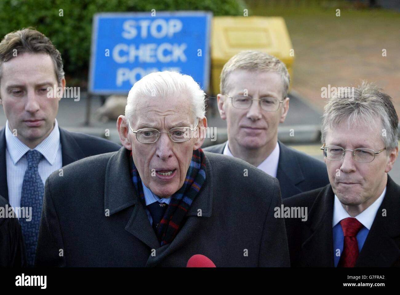 Demokratische Unionist-Partei-IRA-Abrüstung Stockbild