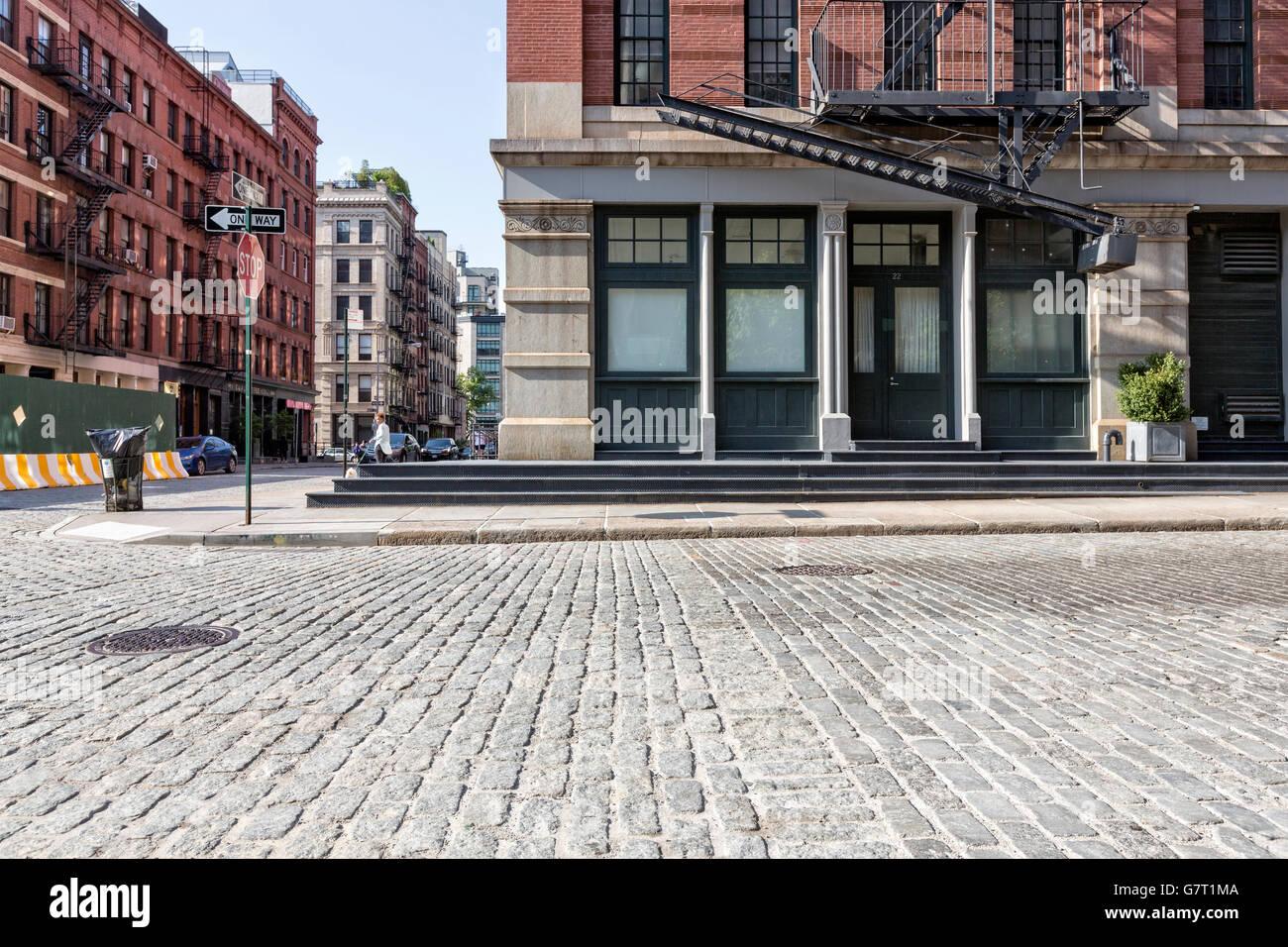 Tribeca, Manhattan, New York City.  Schnittpunkt von Watt und Greenwich Straßen an einem hellen, sonnigen Tag. Stockbild