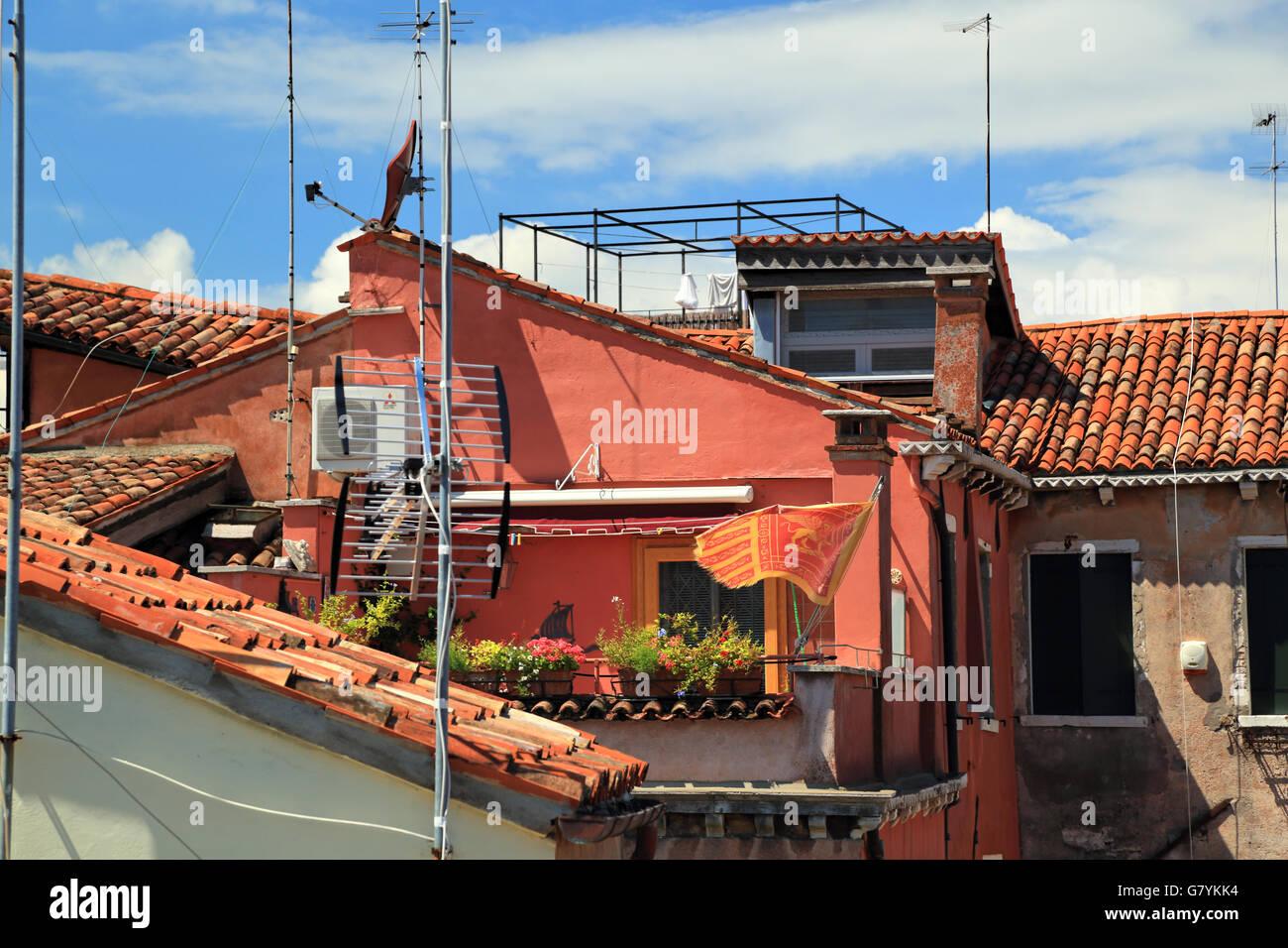 Venezianische Dachterrasse Stockbild
