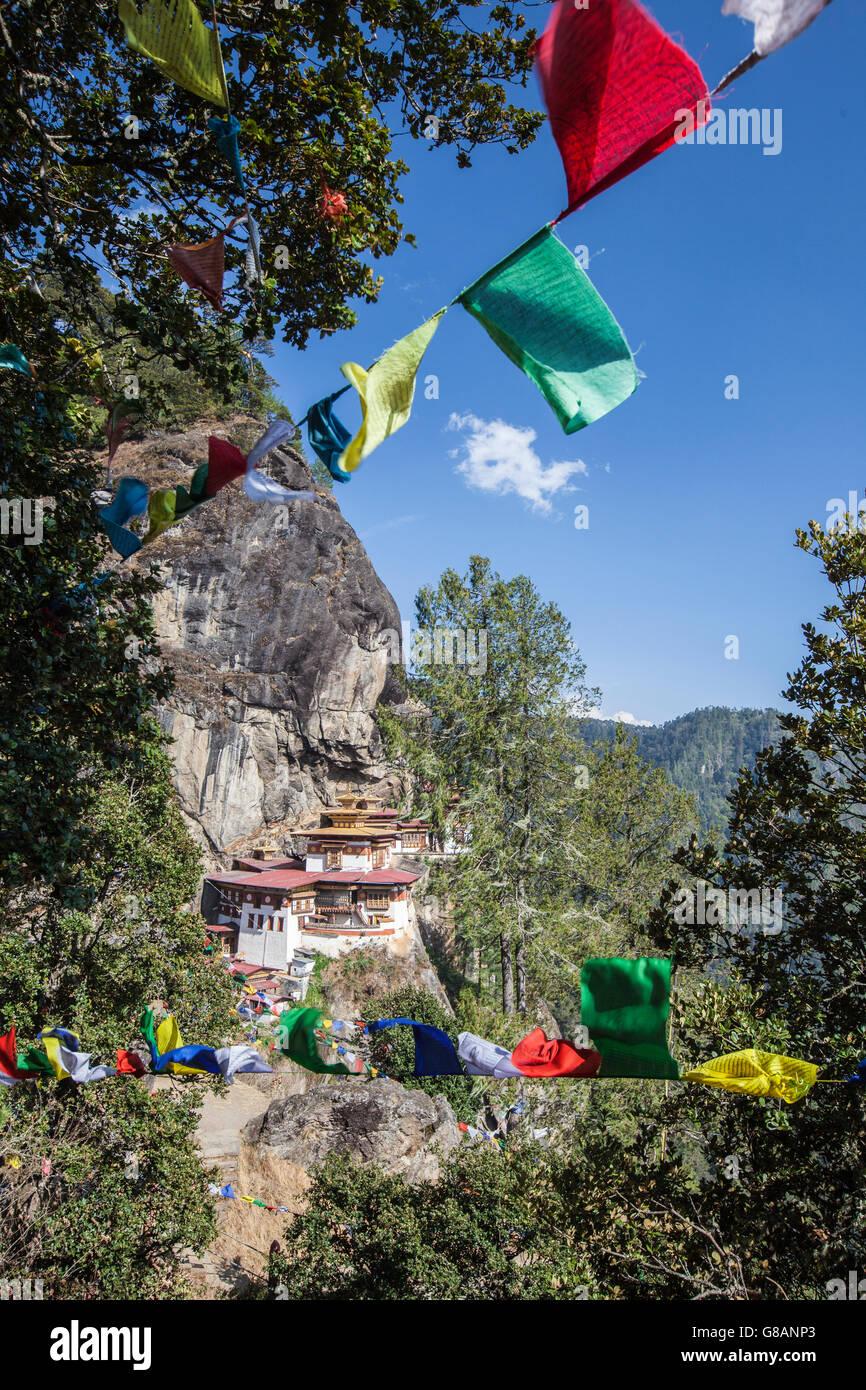 Ansicht der buddhistischen Kloster und Festung Tiger Nest Paro Bezirk Rimpung Bhutan Asien Stockfoto