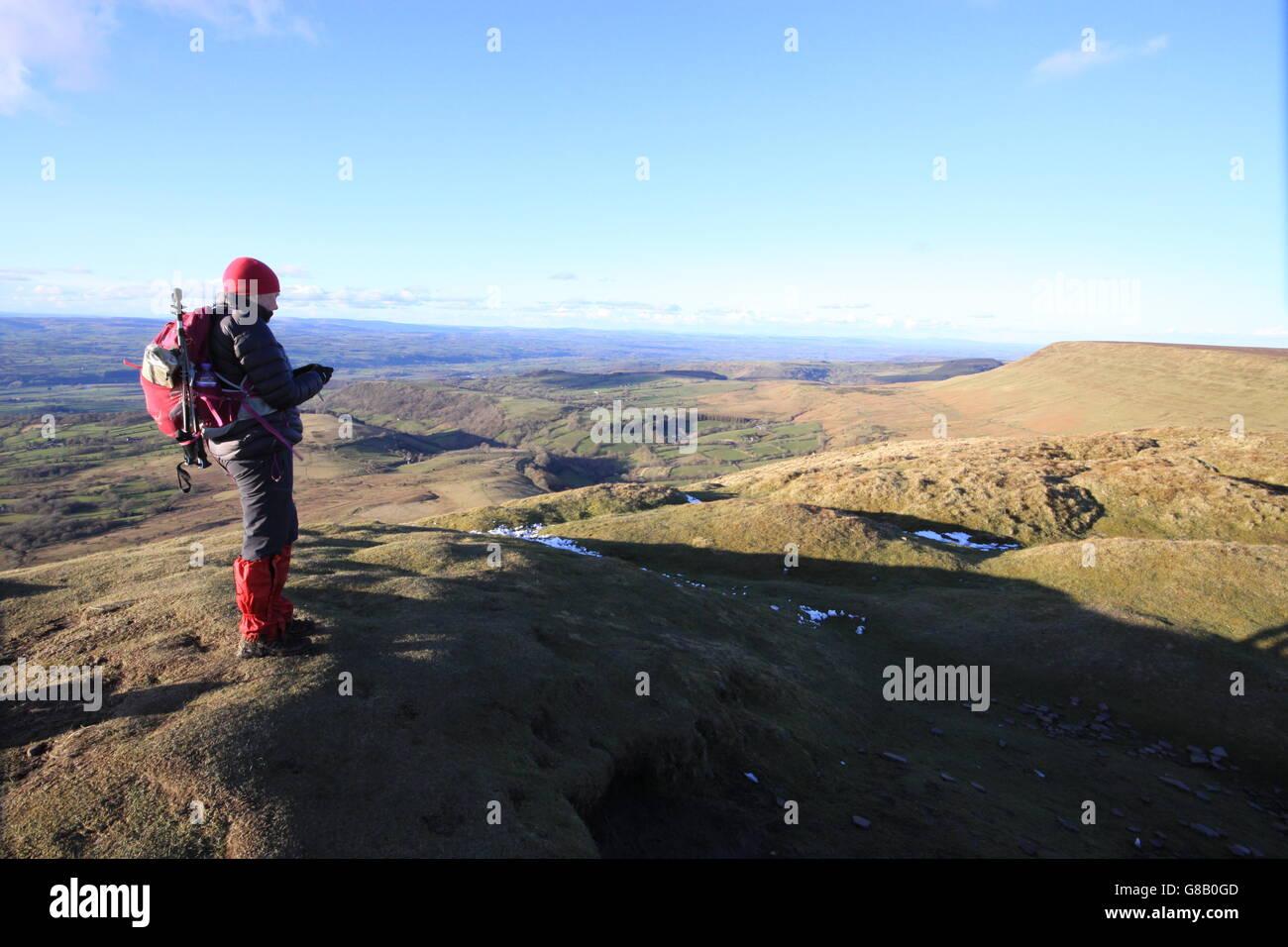 finden Sie eine Route im Herrn Herefords Knopf in die schwarzen Berge, mit Blick auf Heu Bluff. Stockbild