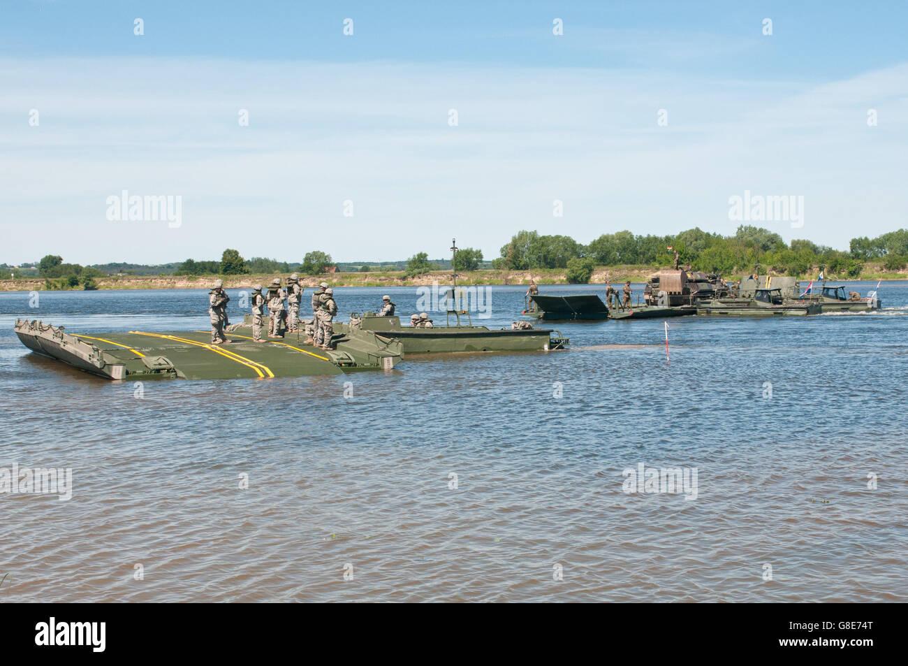7. Juni 2016 - Chelmno, Polen - US Armee-Reserve-Soldaten mit dem 361. Ingenieur-Unternehmen von Warner Robins, Stockfoto