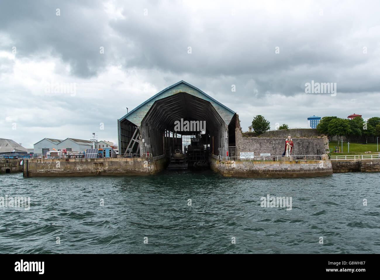 Überdachte Slip Nummer 1 in Devonport Süd Werft, Plymouth, ist der ältesten verbleibenden überdachten Stockbild