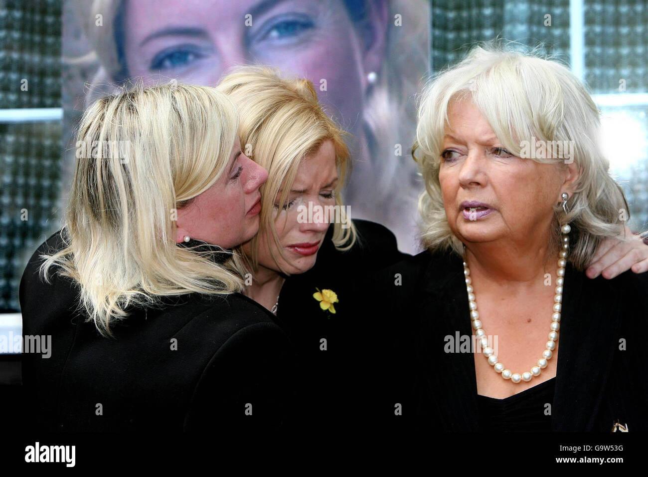 Mahnwache für die 126 Frauen gewaltsam getötet in Irland in den letzten zehn Jahren Stockbild