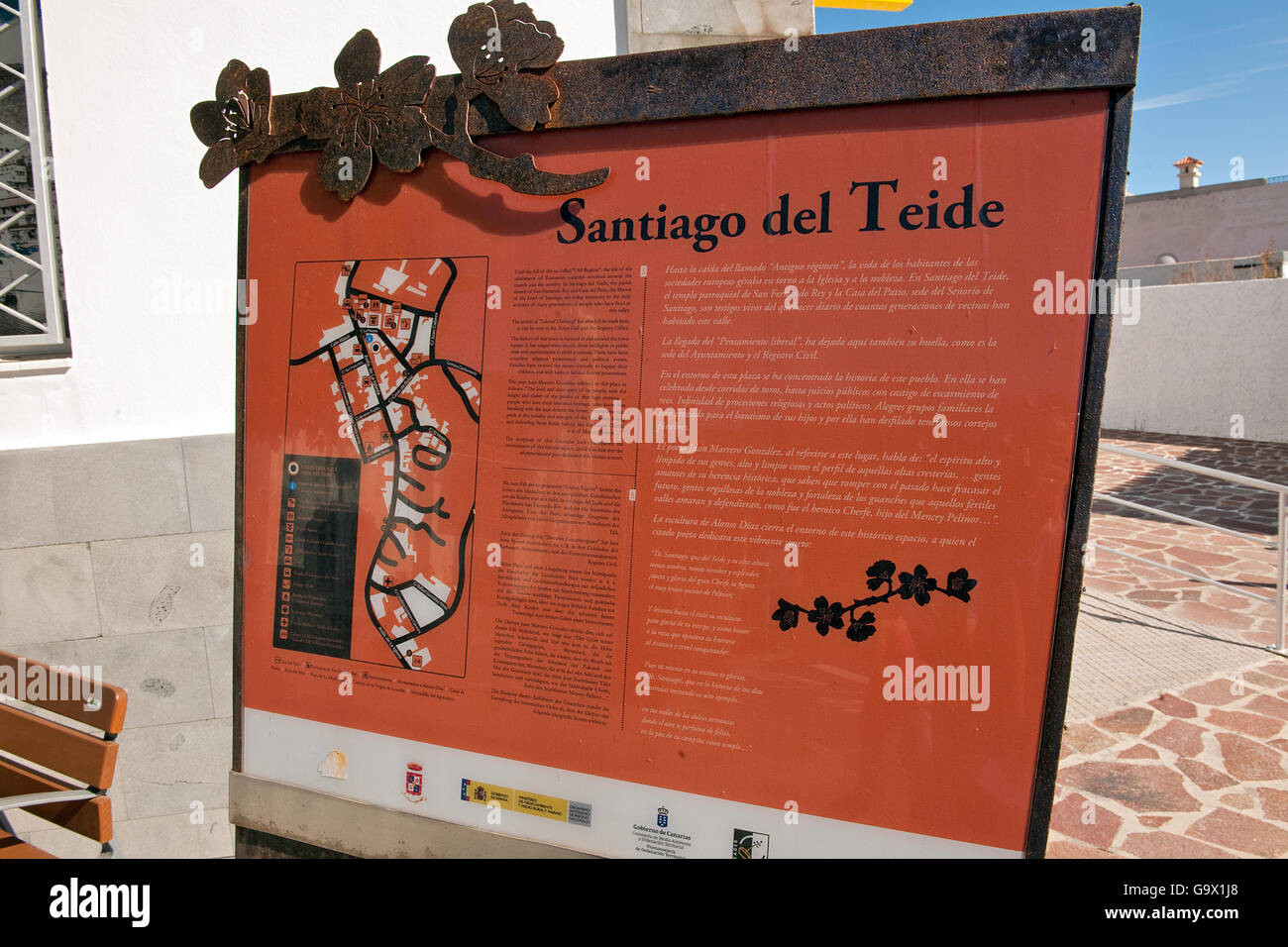 Touistic Infotafel, Santiago del Teide, Teneriffa, Teneriffa, Kanarische Inseln, Spanien, Europa Stockbild