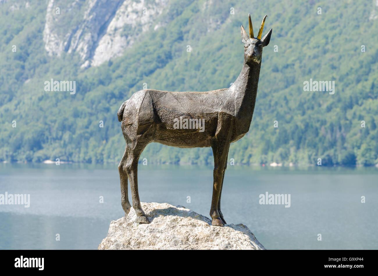 Zlatorog (Goldhorns), die legendäre slowenischen Gämse Stockbild