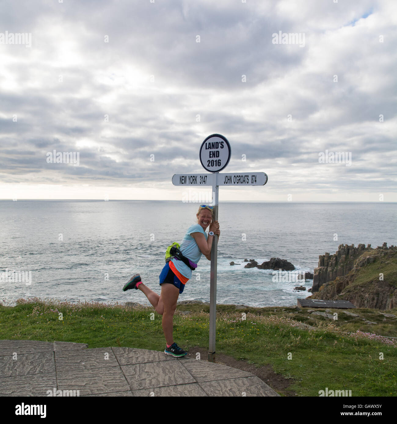 Lands End, Cornwall, UK. 5. Juli 2016. Ehemaliger Polizist Schusswaffen Yvie Johnson, der von einer bipolaren Störung Stockfoto