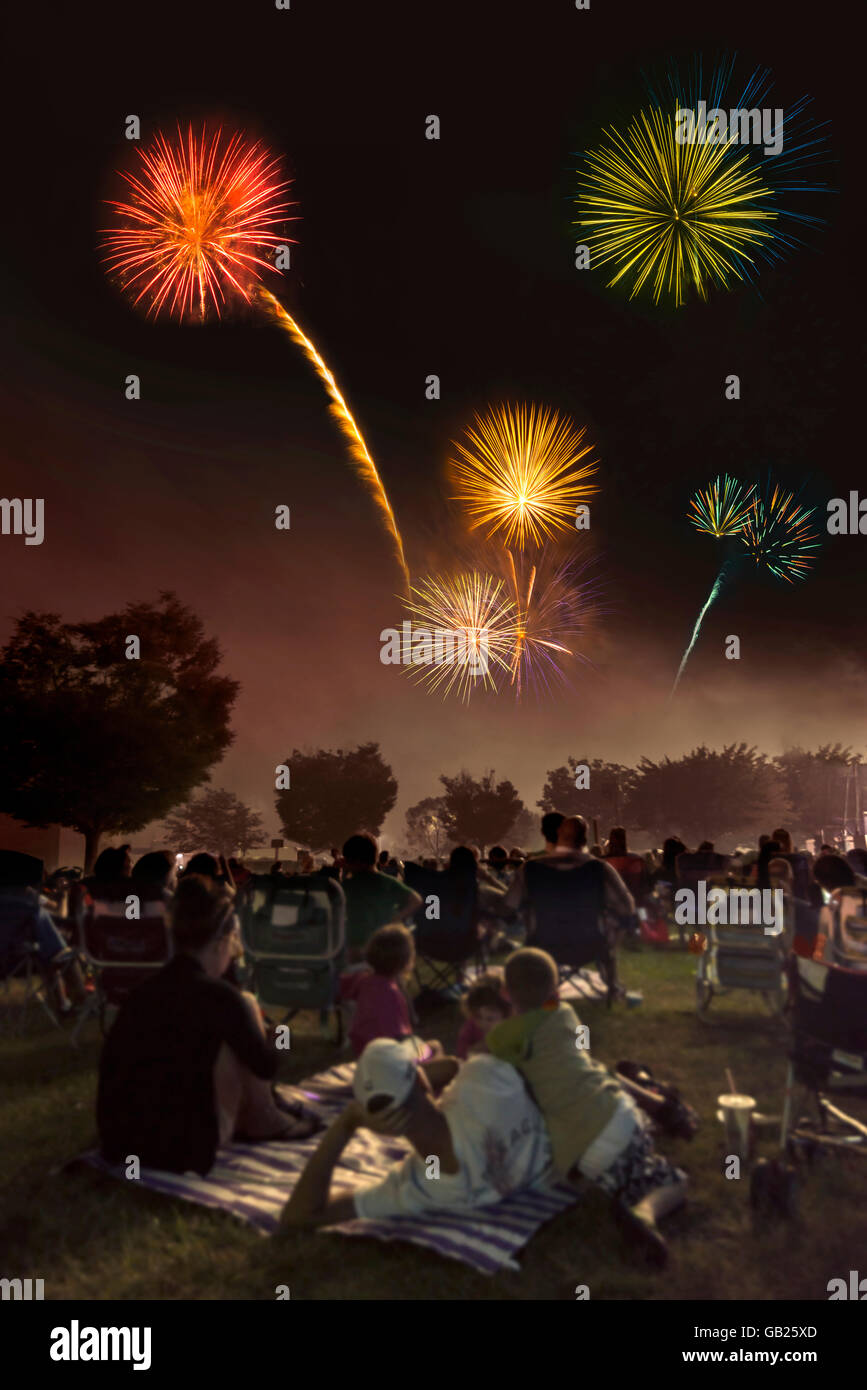 Amerikanische Fourth Of July Feuerwerk Unabhängigkeitstagesfeier, Philadelphia, Pennsylvania USA Stockbild