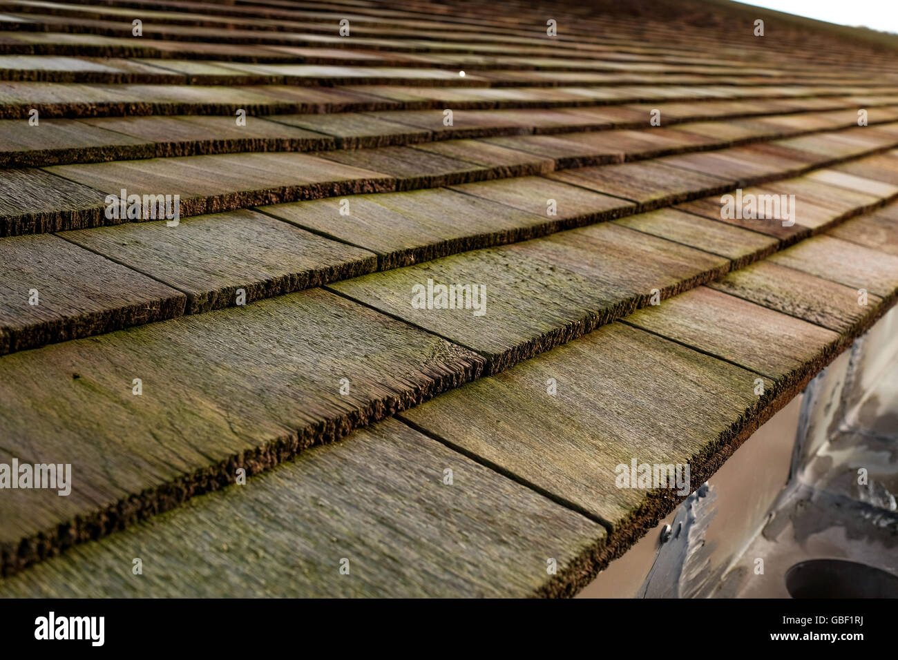 Rot Zeder Schindeln Dachziegel Stockfoto Bild 110354150 Alamy