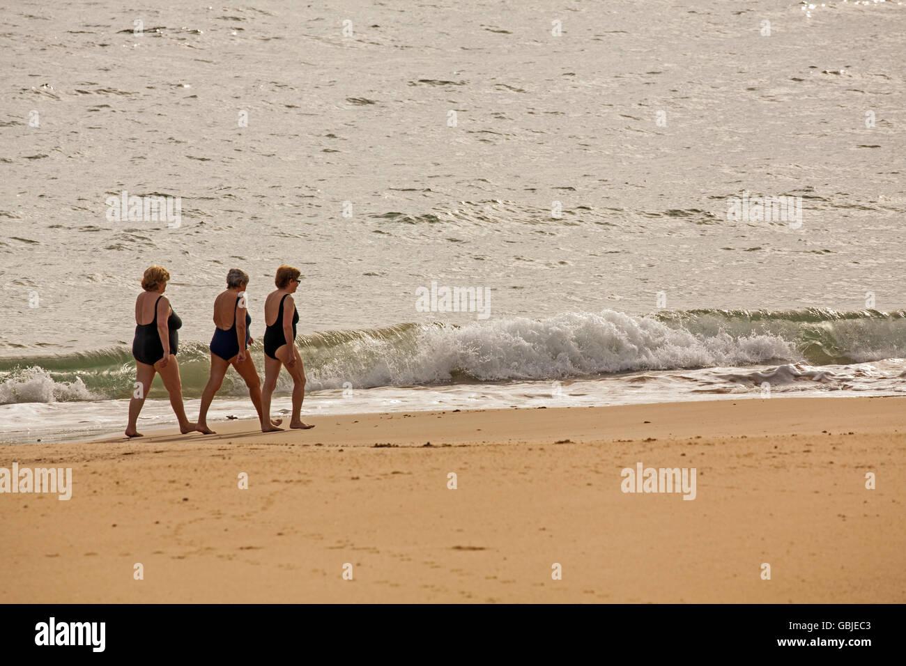 schone dicke frauen nackt im strand