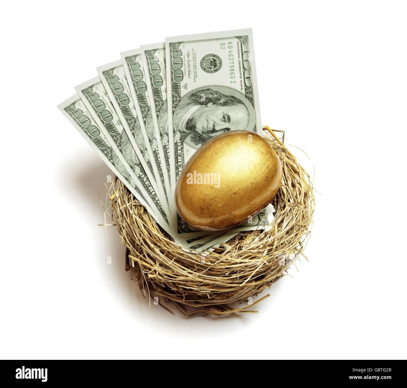 Gold Notgroschen und Geld-Konzept zur Altersvorsorge und Finanzplanung Stockbild