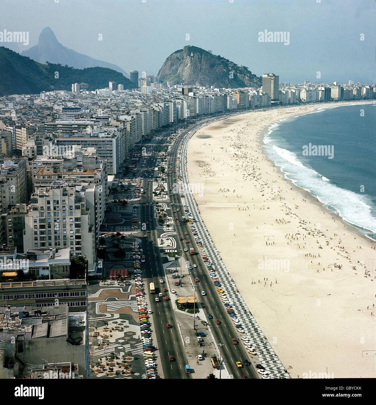 Geographie Reisen Brasilien Rio De Janeiro Copa Cabana 1970er Jahre Zusatzliche Rechte Clearences Nicht Verfugbar Stockfotografie Alamy