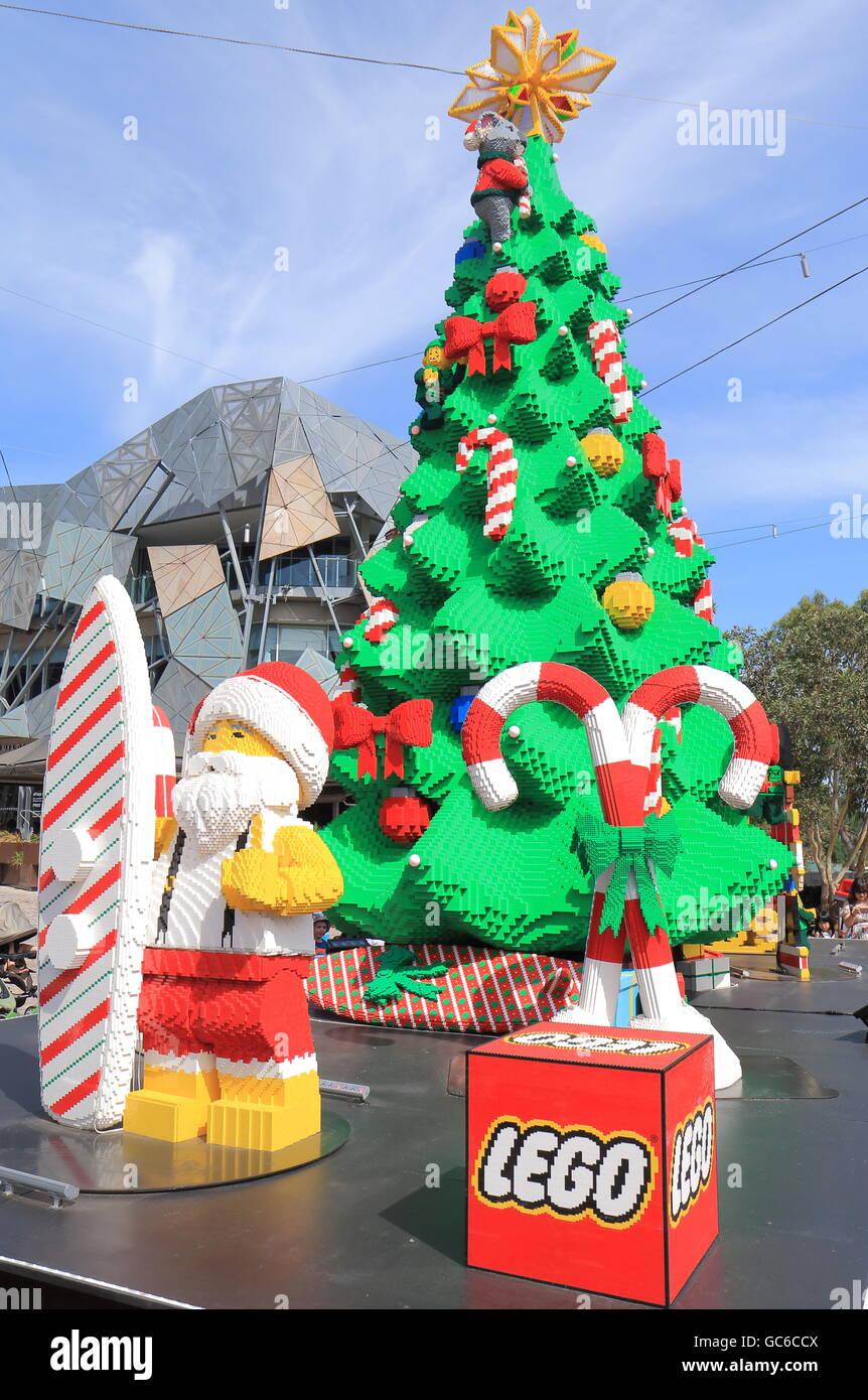 weihnachtsbaum von lego in melbourne australien gemacht. Black Bedroom Furniture Sets. Home Design Ideas