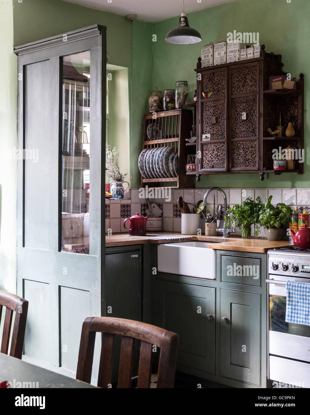 Ungewöhnlich Billige Weiße Küche Versinkt Uk Fotos - Küchen Design ...