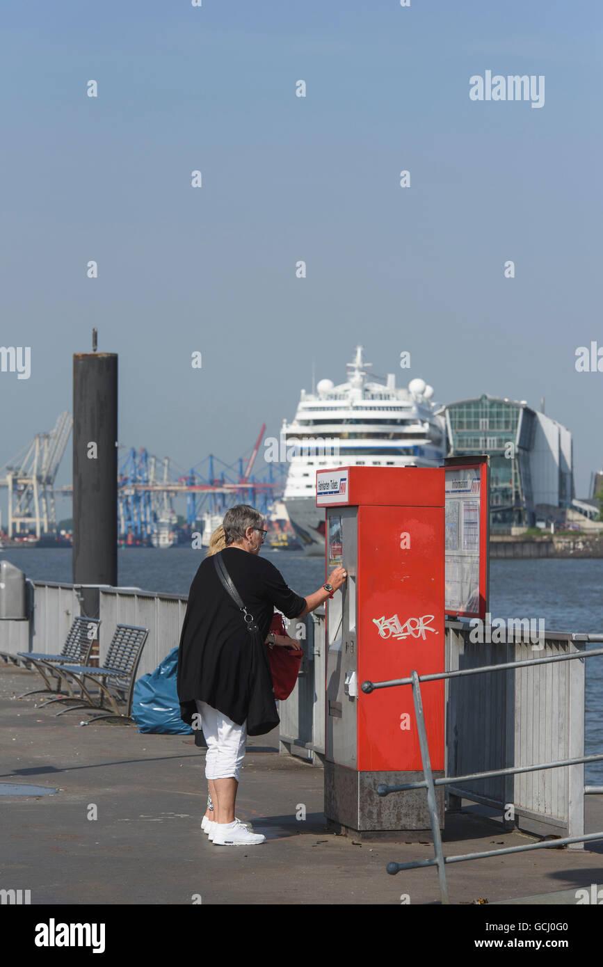 Fähre dock Altona und cruise Center, St. Pauli, Hamburg, Deutschland Stockbild