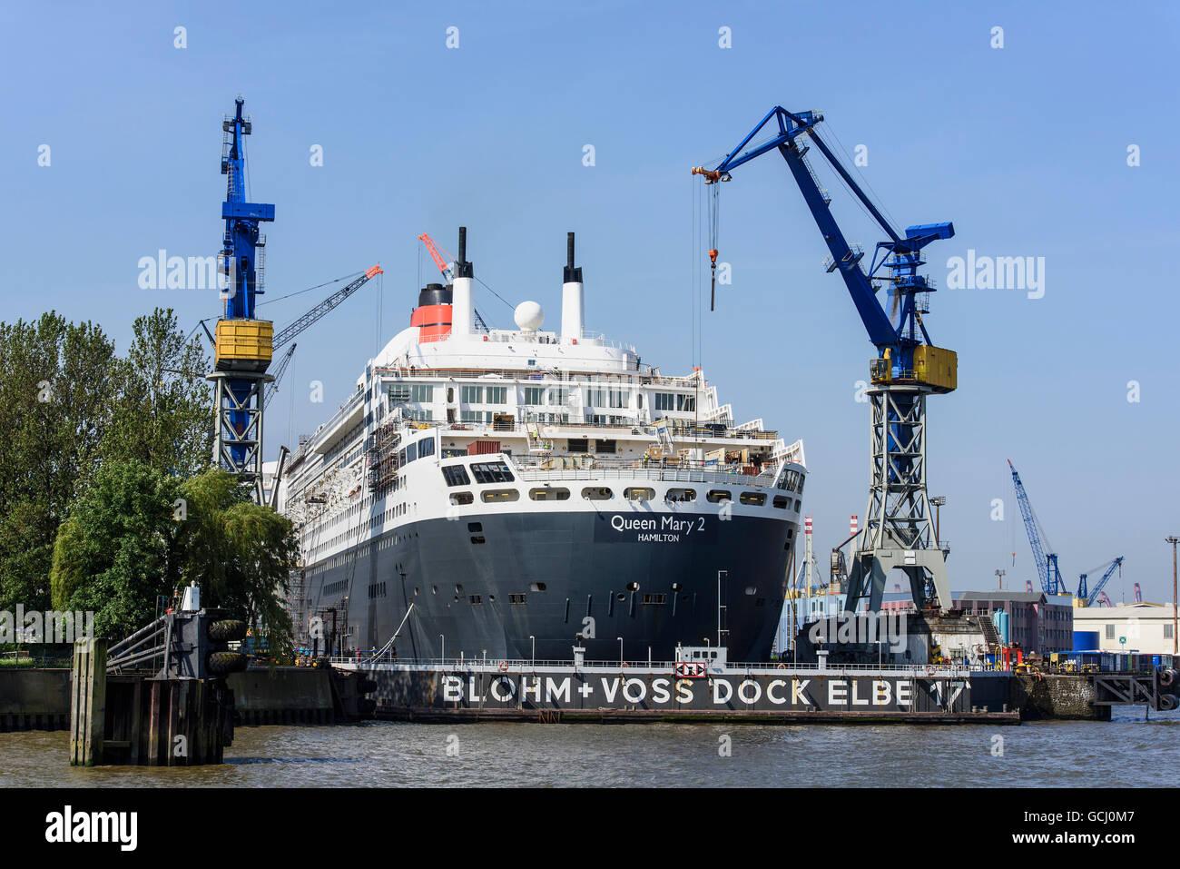 Kreuzer Queen Mary 2 im Trockendock, St. Pauli, Hamburg, Deutschland Stockbild