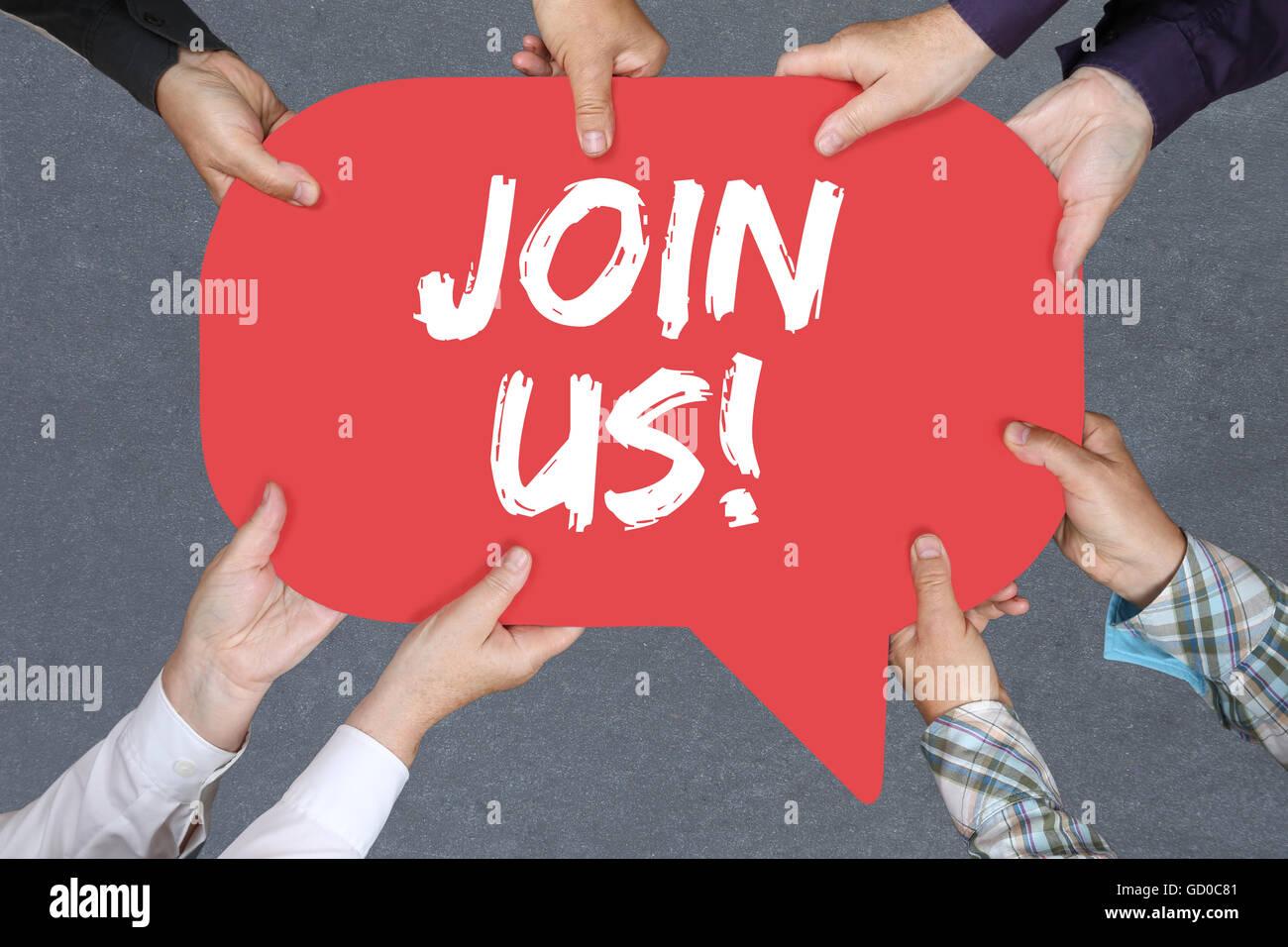 Gruppe von Menschen halten mit übergibt das Wort Join uns teilnehmen Einladung Team Sporttraining Stockbild